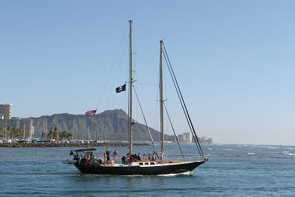 ハワイの景色 船.JPG